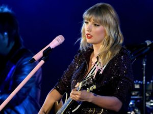 Man who stalked Taylor Swift sentenced to 30 months in prison