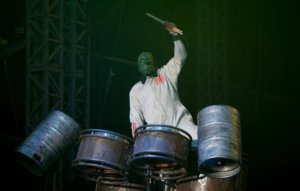 Former Slipknot percussionist Chris Fehn has reportedly settled his lawsuit with the band