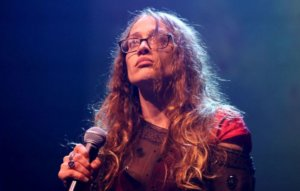 Fiona Apple questions boycotting the Grammys over Dr. Luke nomination