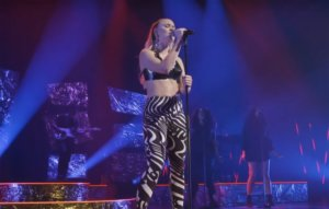 Watch Zara Larsson perform 'Poster Girl' live for MTV