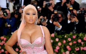 """Nicki Minaj says she will get COVID-19 vaccine """"once I feel I've done enough research"""""""
