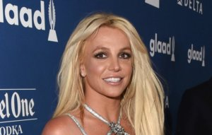 """Britney Spears' lawyer calls Jamie Spears a """"reported alcoholic and gambling addict, with zero financial background"""""""
